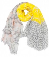 Q-L3.1 S106-030 XL Scarf with Snake-Panther-Palmtree Print 140x140cm Yellow