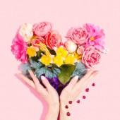 Q-C6.1 S822 Diamond Painting Set Flowers Heart  50x40cm