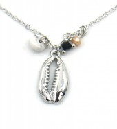 F-E8.1 N532-004S Necklace Shell and Beads